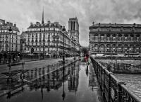 Non au dimanche Maussade !  Prenez place, au Petit Prince de Paris, il y fait toujours bon !
